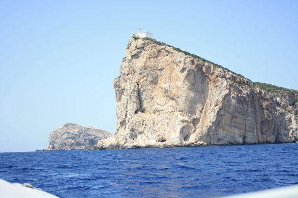 Capo Caccia dal mare
